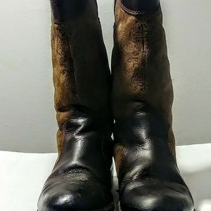 Ugg cowgirl boots